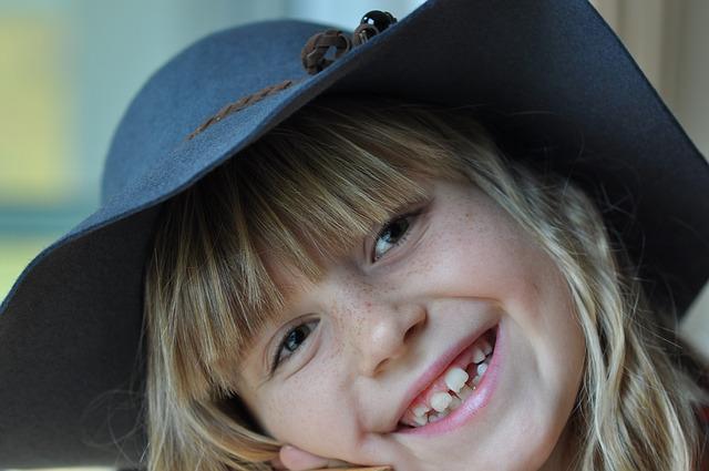 5 kousků oblečení, které potřebujete pro děti do podzimních plískanic